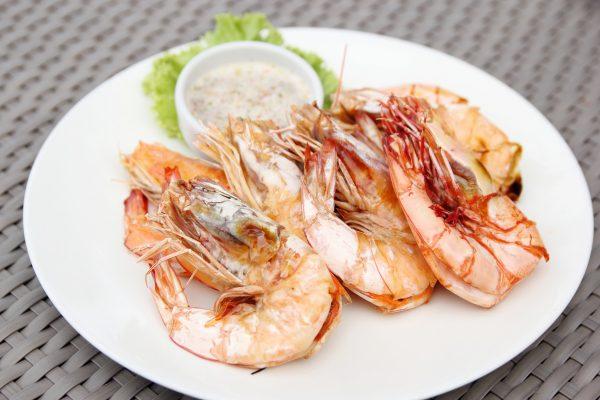 Shrimps © aopsan/freepik