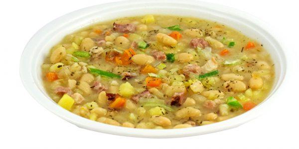 1327 Weiße Bohnensuppe mit Kartoffel- und Kasslerwürfeln