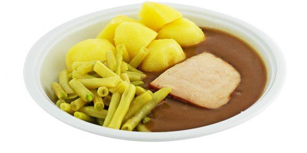 3108 Putenbrust, mild geräuchert, mit Geflügelsauce, Wachsbohnen und Kartoffeln