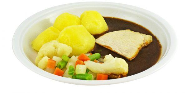 3355 Schweinebraten mit Bratensauce, Sommergemüse und Kartoffeln