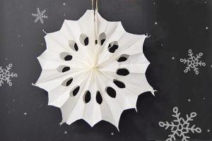 Weihnachtsstern aus Brottüten 750x500