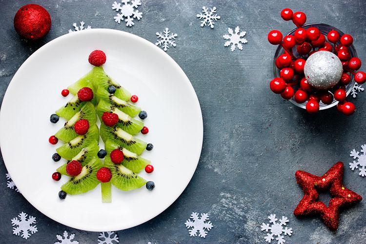 Obst-Weihnachtsbaum ©san_ta/fotolia