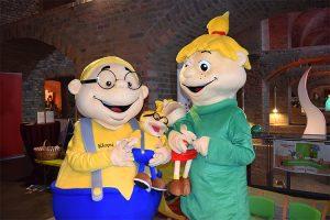 Die Maskottchen Hopsi und Klopsi gibt es auch als Miniaturausgabe!