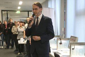 Der Vorsitzende der Geschäftsführung der Bundesagentur für Arbeit Magdeburg Herr Matthias Kaschte eröffnet die Messe.