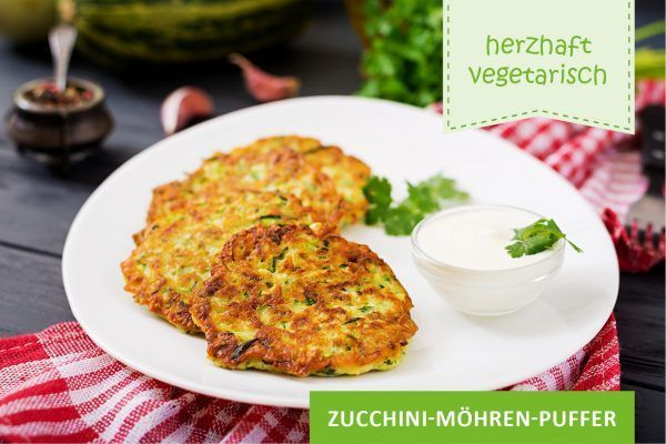 Zucchini-Möhren-Puffer ©Timolina/freepik