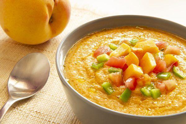 Kalte Tomaten-Pfirsich-Suppe