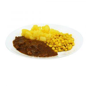 Putengeschnetzeltes Maisgemüse und Salzkartoffeln